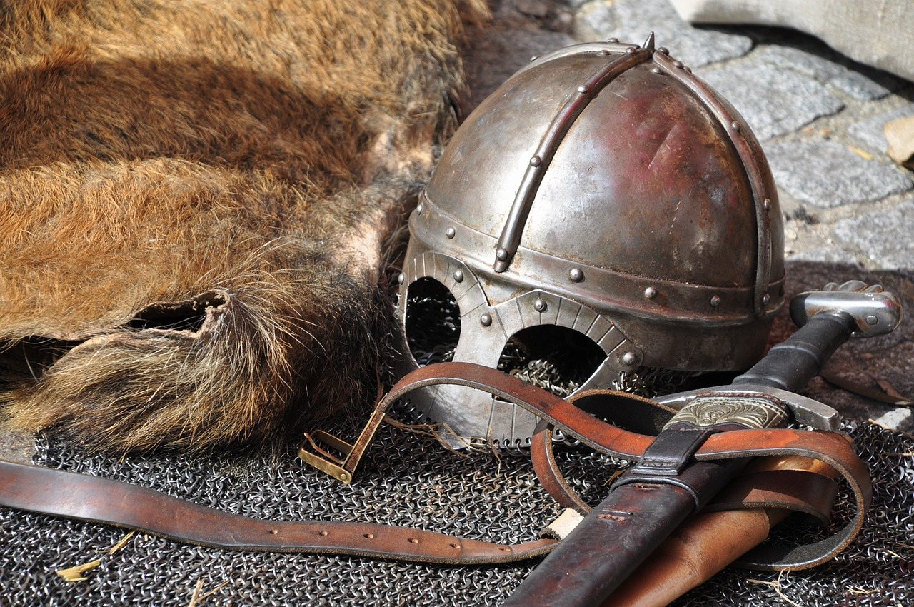 helmet and sword, symbols of Mars