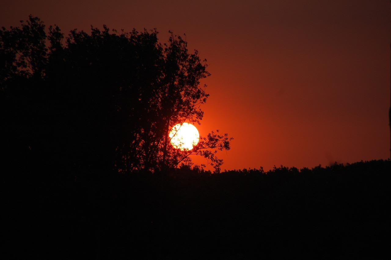 sunset-122865_1280