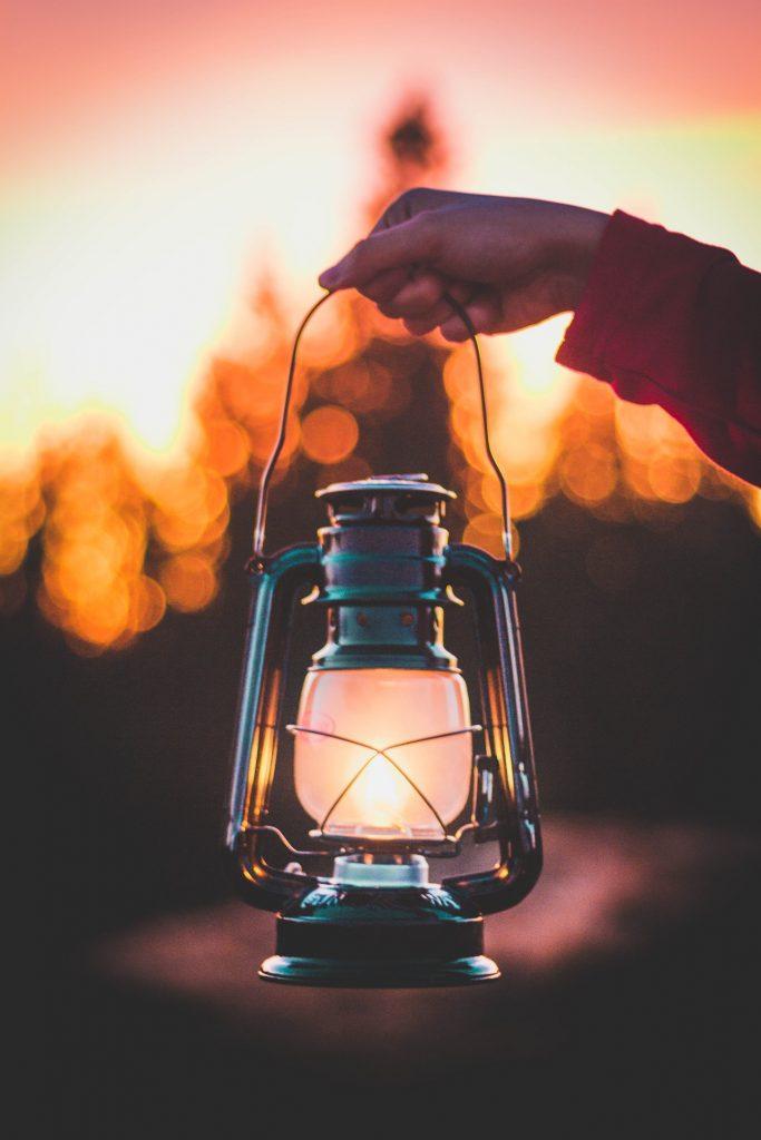 Mercurio Retrogrado in Scorpione 2020: una lanterna